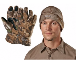 $17.49 (was $34.99) Cabela's Men's Camo Polar-Weight Fleece Gloves/Hat Combo