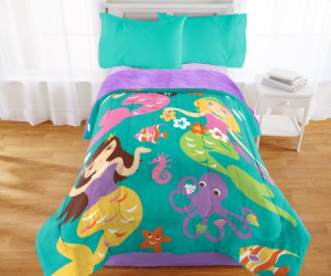 $16.98 (was $29.98) Mermaid Friends Sherpa Back Comforter