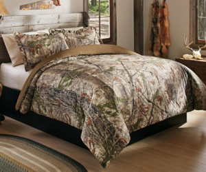 $24.88 (was $79.99) Cabela's Zonz Woodlands Three-Piece Bed Set