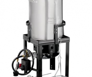 Bass Pro Shops: 30-Quart Propane Turkey Fryer: $39.97 (was $70)