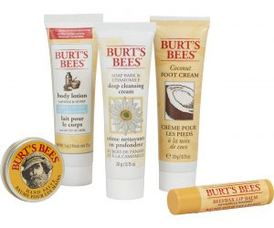 Burt's Bees Essential Everyday Beauty Gift Set: $5.77 (was$9.99)
