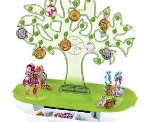 Style Me Up – Tree of Life Charm Bracelet Display and Storage Station: $5.83 (was $14.09)