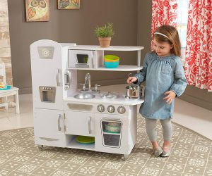 KidKraft Vintage Kitchen – White: $77.99 (was $146.93)